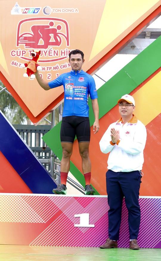 Tay đua Lê Nguyệt Minh trượt ngã ngay mức đến, bị cảnh cáo - Ảnh 7.