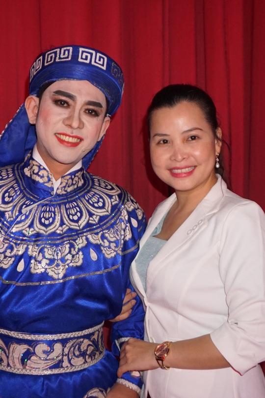 Vở Thủy chiến đông khán giả trẻ xem, nữ đạo diễn Kim Tiến bật khóc - Ảnh 4.
