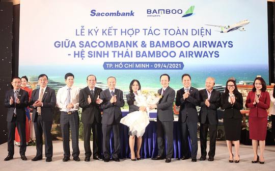 Chủ tịch Sacombank tại Lễ ký hợp tác toàn diện với Bamboo Airways: Hai thương hiệu, triệu giá trị - Ảnh 2.