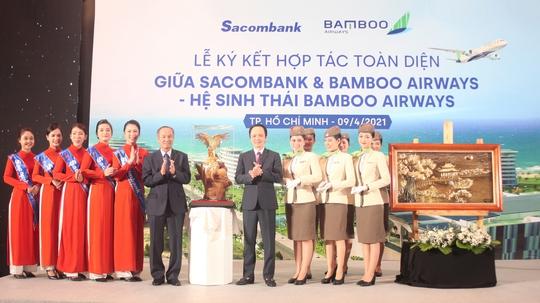 Chủ tịch Sacombank tại Lễ ký hợp tác toàn diện với Bamboo Airways: Hai thương hiệu, triệu giá trị - Ảnh 5.