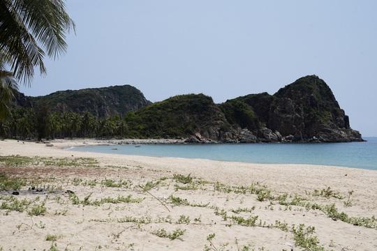 Hè về Tuy Hòa tắm biển, nghỉ dưỡng ở Sài Gòn - Phú Yên - Ảnh 2.