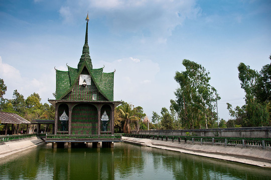 """Ngôi chùa vỏ chai - Kiến trúc """"có một không hai"""" ở Thái Lan - Ảnh 5."""