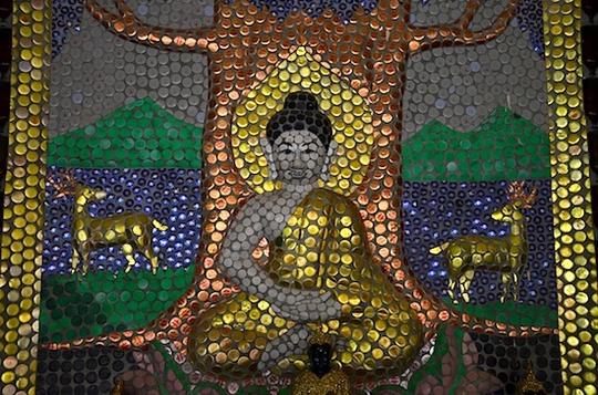 """Ngôi chùa vỏ chai - Kiến trúc """"có một không hai"""" ở Thái Lan - Ảnh 7."""