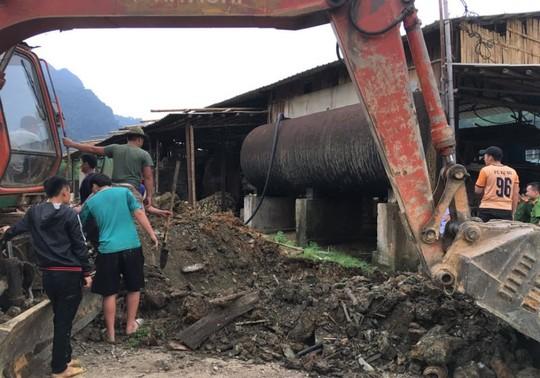 Cá chết hàng loạt trên sông Mã, 2 công ty thừa nhận xả thải - Ảnh 1.