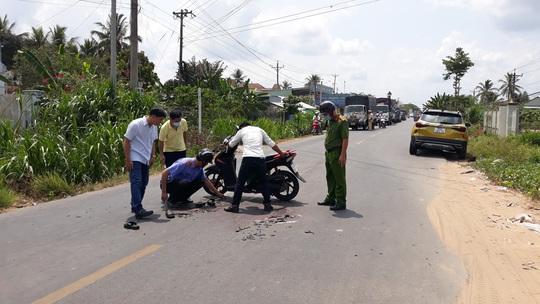 Tai nạn thương tâm, 2 người tử vong do va chạm liên hoàn với 2 ôtô - Ảnh 1.