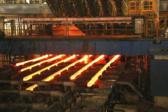 Hòa Phát trở thành nhà sản xuất thép lớn nhất Việt Nam - Ảnh 2.