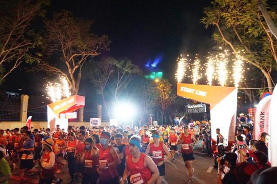 """Techcombank lan tỏa tinh thần vượt trội: Từ """"Làng Marathon"""" đến đường chạy đẳng cấp quốc tế - Ảnh 5."""