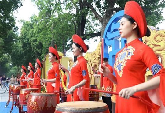 Nhiều hoạt động trong Ngày Văn hóa các dân tộc Việt Nam - Ảnh 1.