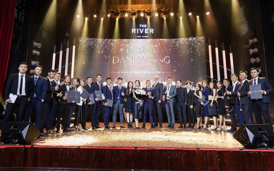 Đêm tri ân và tôn vinh các nhà phân phối xuất sắc của The River Thu Thiem - Ảnh 1.