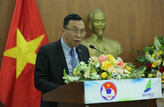 Các đội tuyển bóng đá Quốc gia Việt Nam có nhà tài trợ vận chuyển đường không - Ảnh 3.