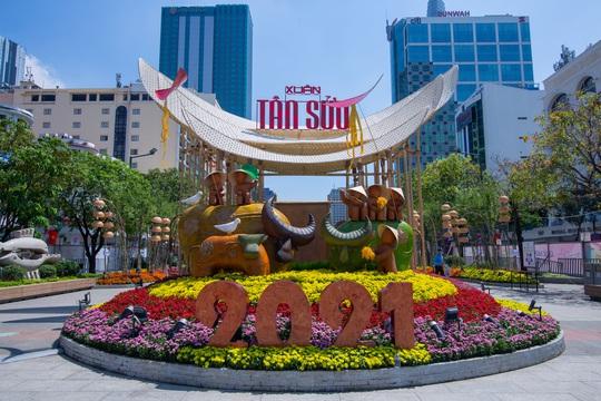 Tìm ý tưởng thiết kế mới cho Đường hoa Nguyễn Huệ - Tết Nhâm Dần 2022 - Ảnh 1.