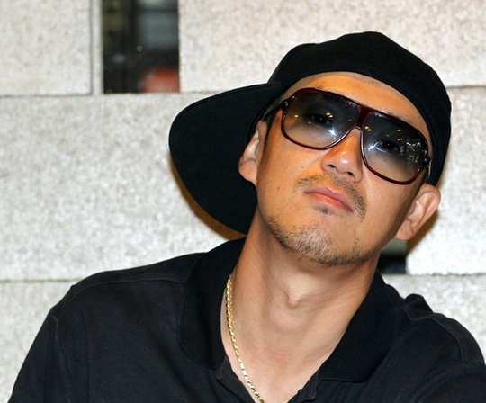 Ca sĩ Hàn phản pháo cáo buộc hại chết một nam rapper - Ảnh 2.