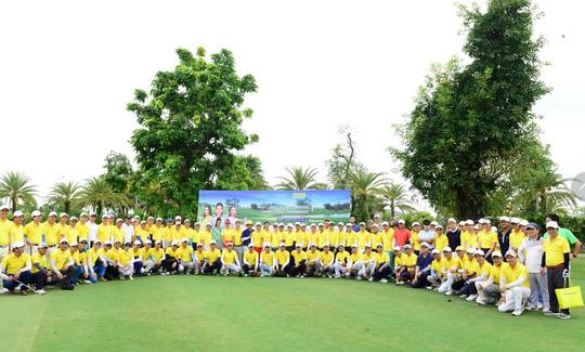 """Gần 700 triệu đồng được quyên góp từ giải """"West Lakes – Miss Universe Charity Golf Tournament Nam A Bank Cup"""" - Ảnh 2."""