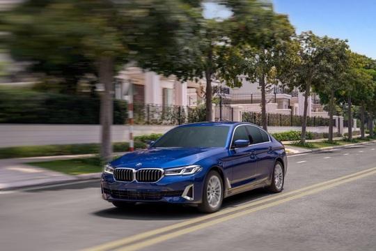BMW 5 Series mới chính thức ra mắt tại Việt Nam - Ảnh 3.