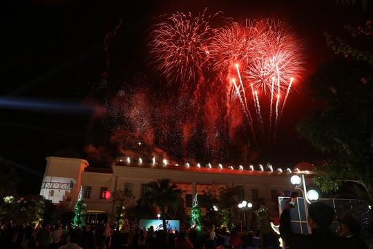 Chơi lớn như du lịch Sầm Sơn: khởi động mùa hè với loạt sự kiện lễ hội, pháo hoa đình đám - Ảnh 3.