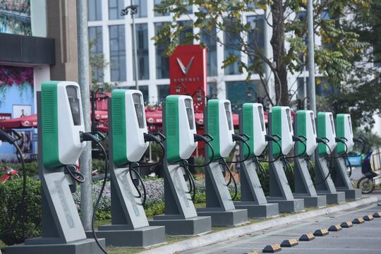 Vì sao xe điện VinFast là mẫu xe siêu tiết kiệm? - Ảnh 3.