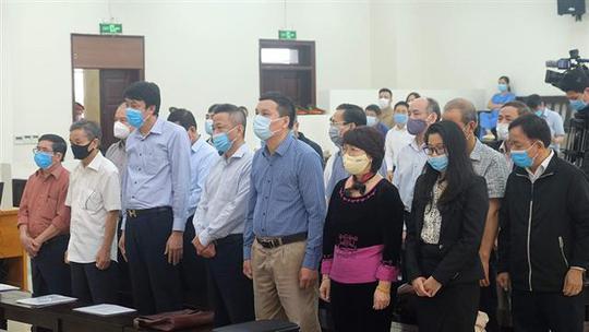 Vụ Gang thép Thái Nguyên thiệt hại 830 tỉ đồng: Phạt kẻ chủ mưu 9,5 năm tù, bồi thường 130 tỉ đồng - Ảnh 1.