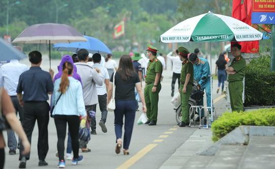 Khoảng 20 ngàn người hành hương về Đền Hùng trong ngày Giỗ Tổ - Ảnh 18.