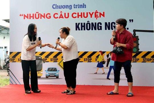 Công nhân học kỹ năng tham gia giao thông - Ảnh 1.