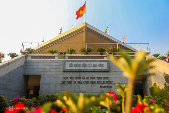 Khám phá 3 ngôi đền thờ vua Hùng ở TP HCM - Ảnh 4.