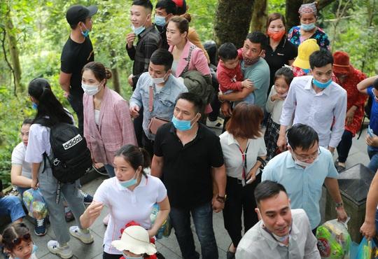 Khoảng 20 ngàn người hành hương về Đền Hùng trong ngày Giỗ Tổ - Ảnh 19.