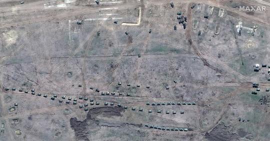 Biên giới Nga - Ukraine cực nóng, Nga ra lệnh hạn chế bay gần Crimea - Ảnh 7.
