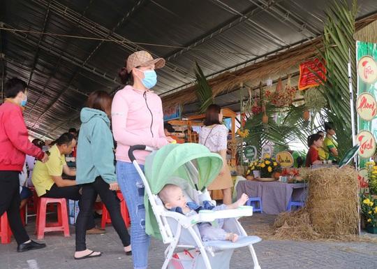 """Đặc sắc bánh """"phu thê"""" thể hiện chủ quyền biển đảo Việt Nam - Ảnh 11."""