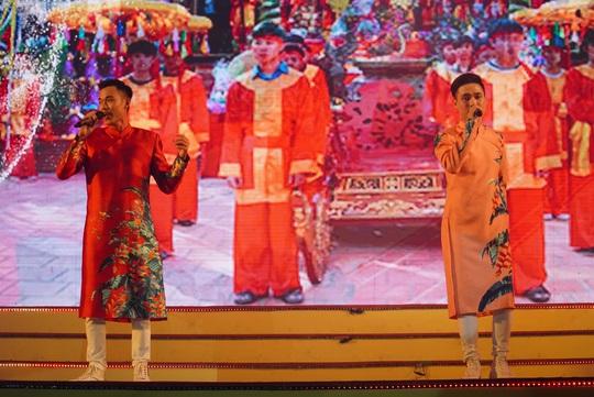 Hoành tráng chương trình nghệ thuật Bài ca Lạc Việt - Ảnh 11.