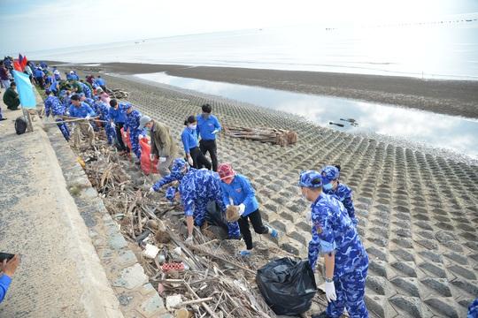 Cảnh sát biển tổ chức nhiều hoạt động ở Tiền Giang - Ảnh 13.