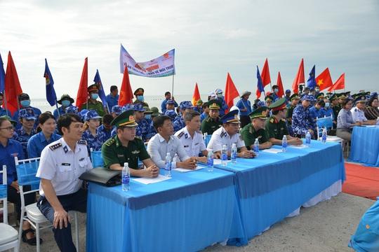 Cảnh sát biển tổ chức nhiều hoạt động ở Tiền Giang - Ảnh 7.