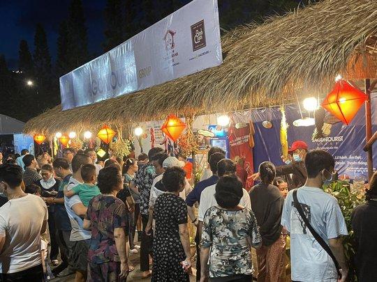 Saigontourist Group giới thiệu Tinh hoa ẩm thực Việt tại Tuần lễ món ngon phố biển Vũng Tàu  - Ảnh 3.
