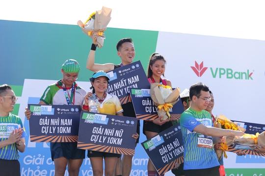 """Giải chạy """"Just Run - Vì một Việt Nam khỏe mạnh và thịnh vượng"""": Ra mắt phòng khám container miễn phí - Ảnh 3."""