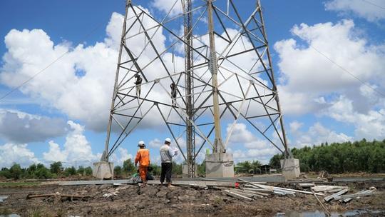Dốc sức hoàn thành đường dây 220kV Kiên Bình - Phú Quốc - Ảnh 6.