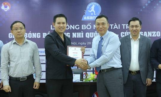 Asanzo của ông Phạm Văn Tam tài trợ chính Giải bóng đá hạng Nhì Quốc gia 2021 - Ảnh 7.