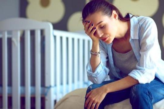 9 dấu hiệu trầm cảm ở phụ nữ sau sinh - Ảnh 2.