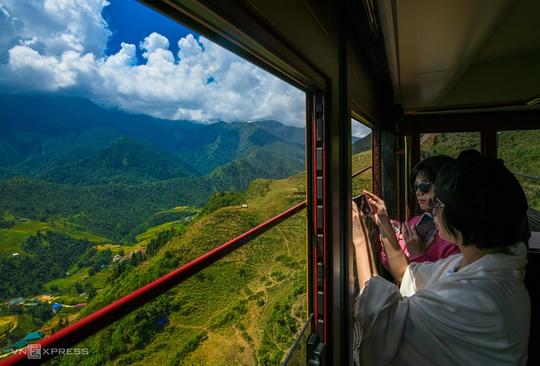 15 điểm đến khách Việt yêu thích nhất 2021 - Ảnh 2.