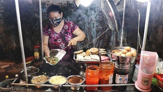 5 thức quà ăn chơi ở phố người Hoa - Ảnh 2.