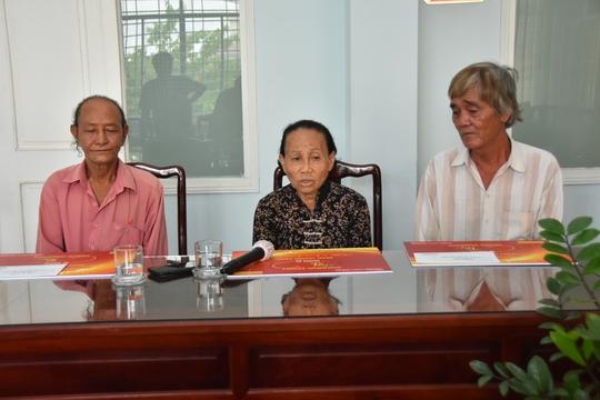 Mai Vàng nhân ái hỗ trợ 3 nghệ sĩ ở Bến Tre - Ảnh 2.