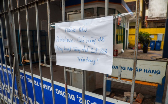 Cận cảnh cây xăng phải đóng cửa vì nguy cơ mất an toàn đường sắt Cát Linh-Hà Đông - Ảnh 7.