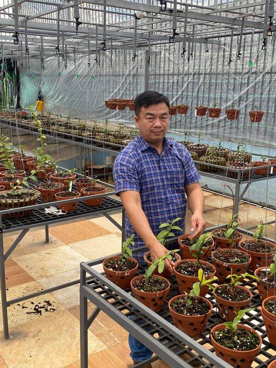 Ông chủ vườn lan Phạm Đình Đô chia sẻ về giá trị lan đột biến - Ảnh 9.