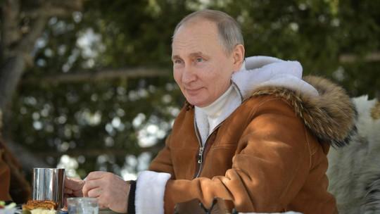 Tổng thống Putin có sức hút đối với công chúng - Ảnh 5.