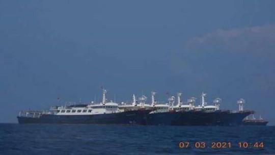 Biển Đông: Philippines cảnh báo Trung Quốc về hành động thù địch - Ảnh 1.