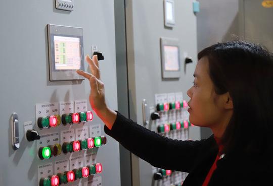 Trồng rau bằng smartphone, chị nông dân đều tay thu tiền tỷ - Ảnh 3.
