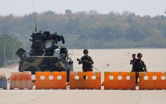 Nga cảnh báo về lệnh trừng phạt quân đội Myanmar - Ảnh 1.