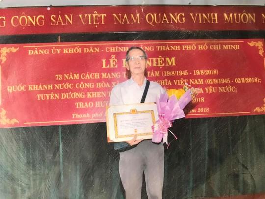 Mai Vàng nhân ái thăm nhà nghiên cứu Hoàng Văn Túc và NSƯT Phi Yến - Ảnh 2.