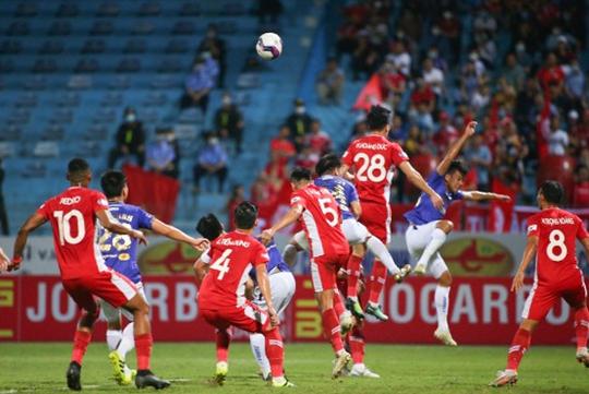 CLB Hà Nội và CLB Viettel: 2 thẻ đỏ, 1 bàn thắng - Ảnh 5.