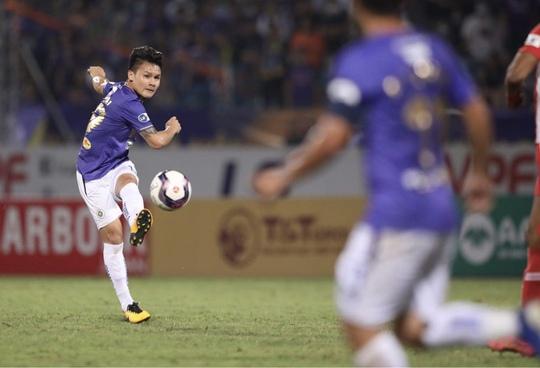 CLB Hà Nội và CLB Viettel: 2 thẻ đỏ, 1 bàn thắng - Ảnh 10.