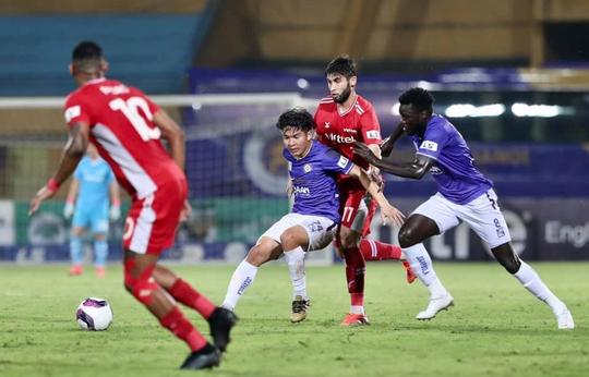 CLB Hà Nội và CLB Viettel: 2 thẻ đỏ, 1 bàn thắng - Ảnh 8.