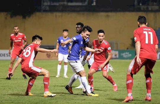 CLB Hà Nội và CLB Viettel: 2 thẻ đỏ, 1 bàn thắng - Ảnh 3.