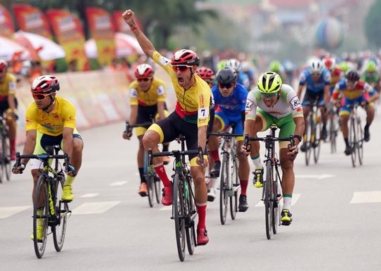 Ê kíp TP HCM thắng lớn ở vòng đua quanh TP Lạng Sơn  - Ảnh 4.